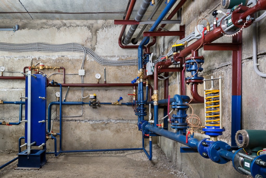 basement with pipes