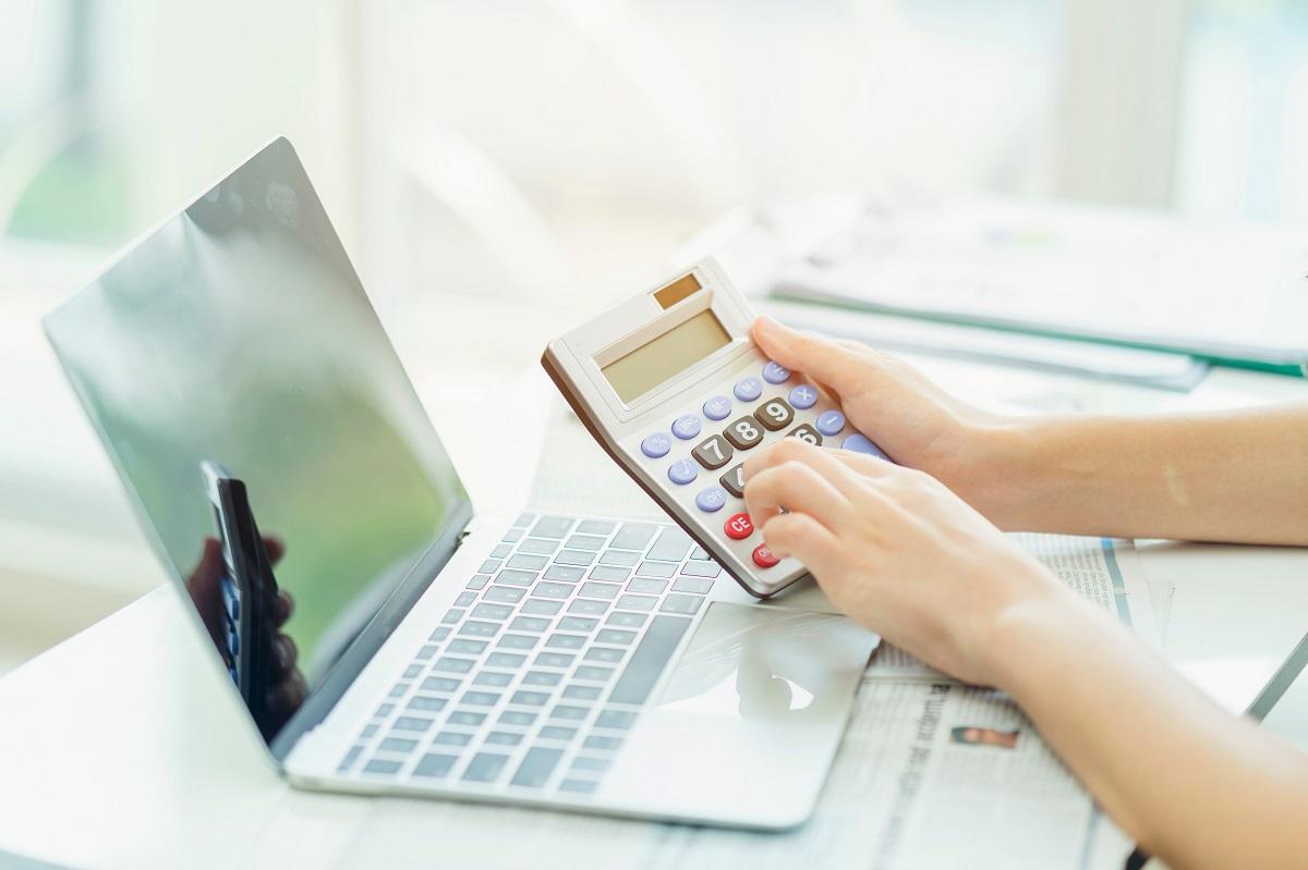 insured laptop concept