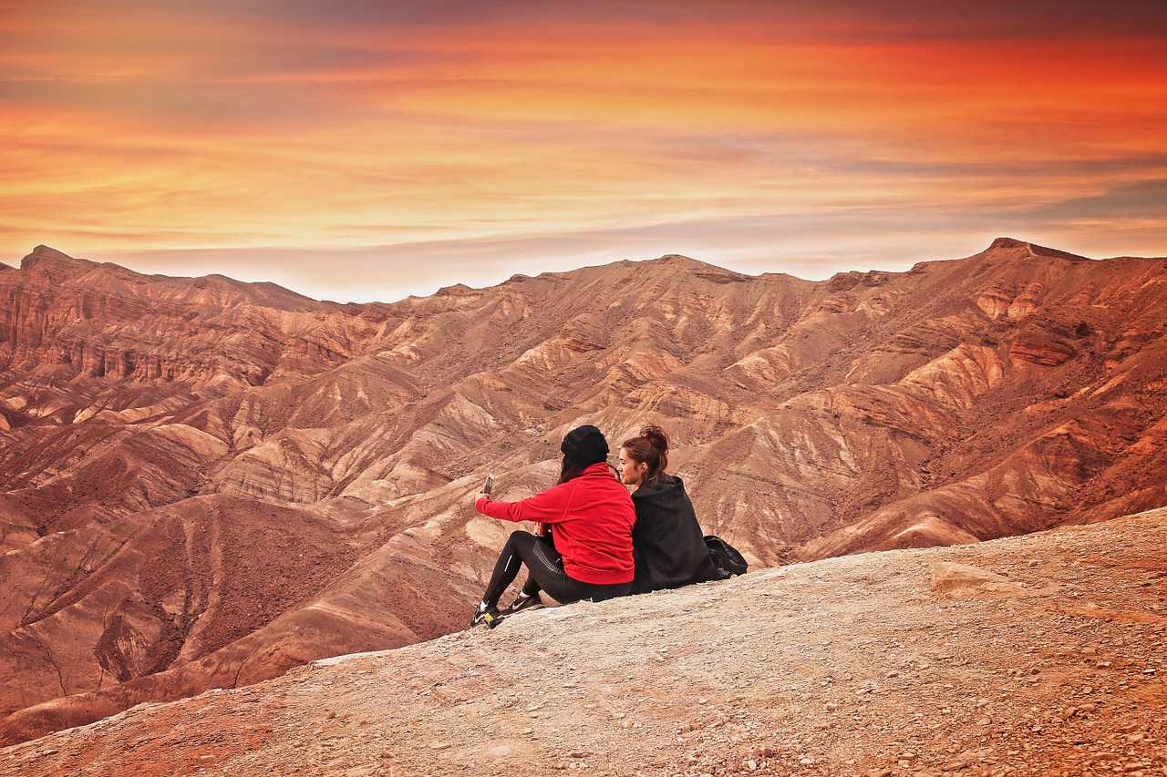 two women at the death valley california